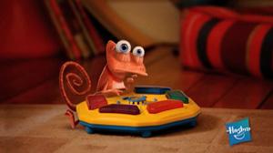 """Hasbro """"Chameleon"""""""